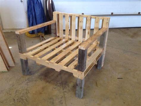 Pallet Chair Plans by 31 Diy Pallet Chair Ideas Pallet Furniture Plans