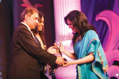 gippy grewal mobile number dr jatinder kaur arora biography