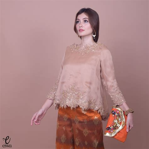gambar desain long dress batik kebaya indonesia modern high low hi low lace brokat