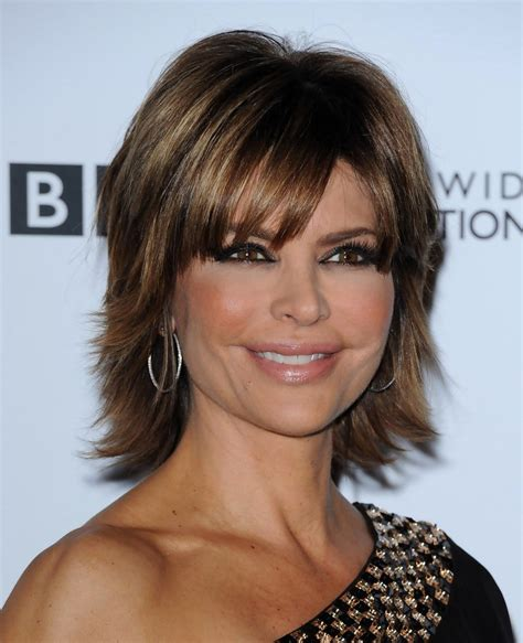 how does lisa rinna cut her hair lisa rinna short straight cut lisa rinna short