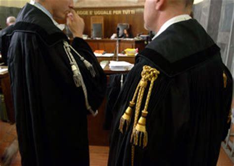 ufficio esame avvocato roma diocesi di terni la difesa arresti ingiustificati