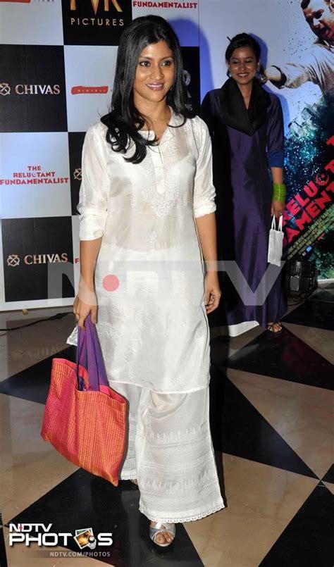 konkona sen in salwar priyanka s movie date with mom konkona sen sharma white
