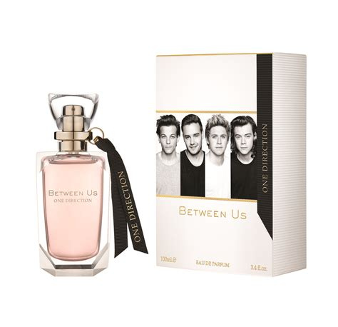 Parfum Just One one direction between us fragrance popsugar
