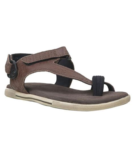 woodland brown sandals woodland gd 1143112y15 brown sandals price in india buy