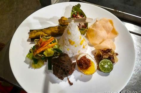 Cetakan Nasi Mobil Ala Carte Satuan nikmatnya nasi cur bali ala pangi restorant di b hotel