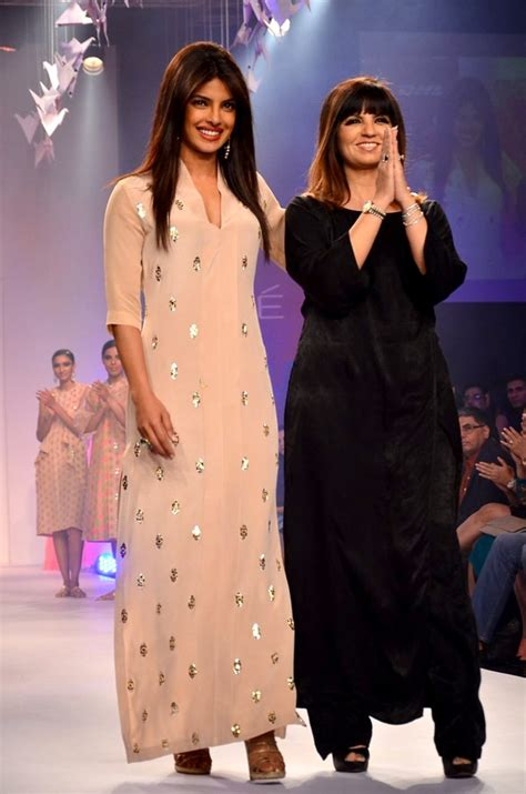At Lfw by File Priyanka Chopra Walks For Neeta Lulla At Lfw 2014 Jpg