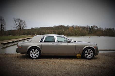roll royce grey rolls royce phantom wedding car hire