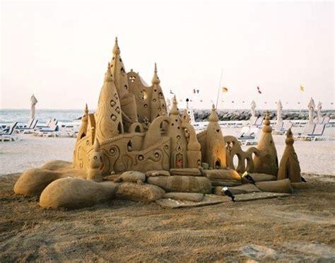 nail the beach with art beach bliss living 76 best art on the beach images on pinterest beaches