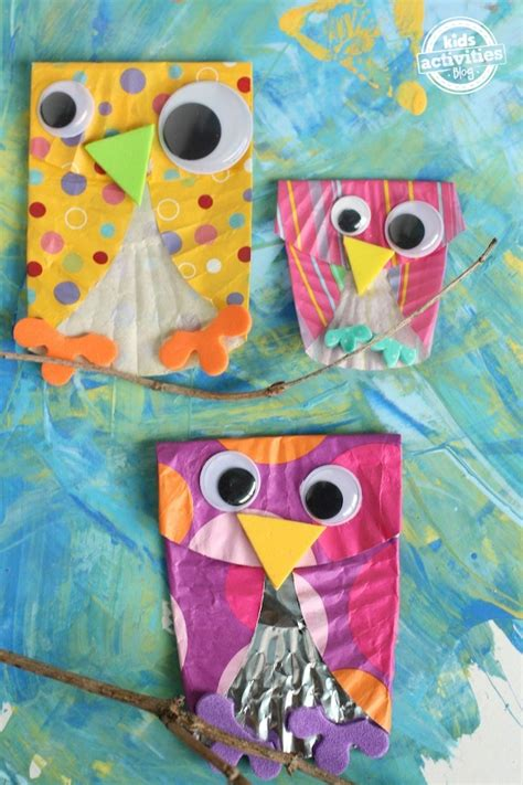 Ease By Owl Book Store easy cupcake liner owls allfreekidscrafts