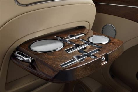 bentley mulsanne extended wheelbase 2017 bentley mulsanne first edition debuts at 2016 beijing
