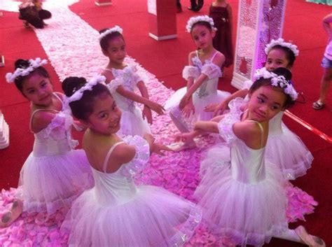 Sepatu Balet Prima swan ballet school the best ballet school in