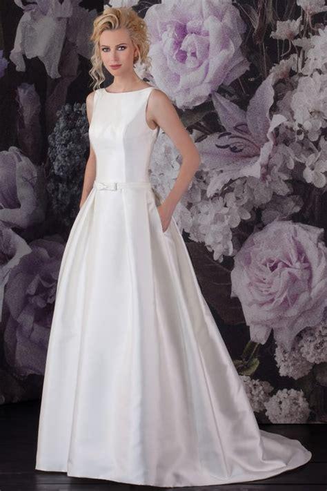 Schlichte Brautmode by Brautkleider Gerrys Brautmoden Und Festmoden Neuss