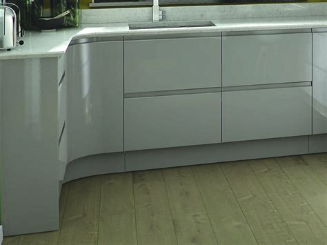 Remo Dove Grey Kitchen   Handleless Kitchens   Kitchens