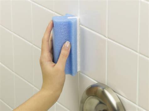 pulire mattonelle bagno come pulire le piastrelle della cucina e bagno in