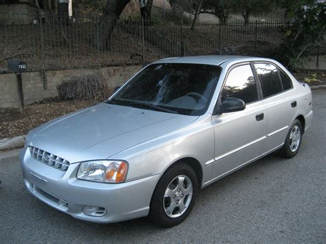 Hyundai 2001 Accent by 2001 Hyundai Accent Photos Informations Articles