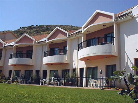 appartments in cyprus kotzias apartments pissouri village cyprus