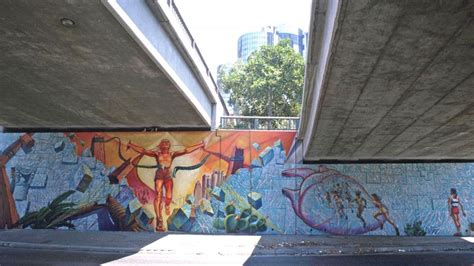 Earth Wall Mural hitting the wall women in marathon mural conservancy of