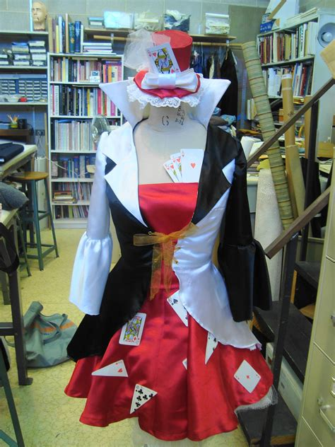 sewing pattern queen of hearts queen of hearts costume sewing projects burdastyle com