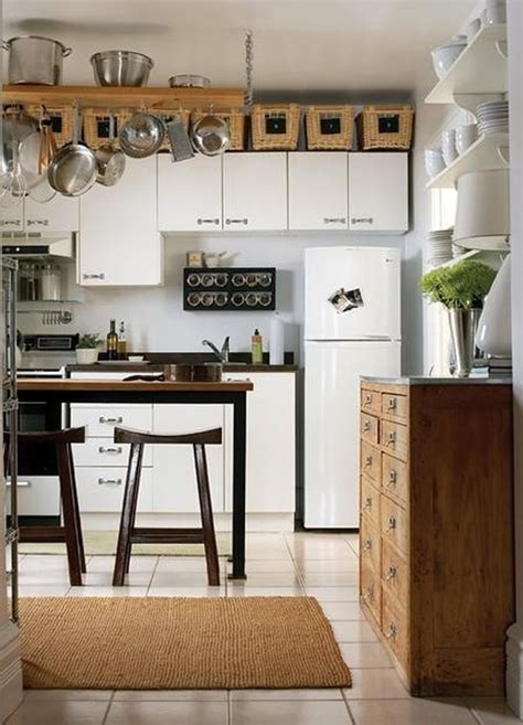 Above Kitchen Cabinet Ideas | 5 ideas for decorating above kitchen cabinets
