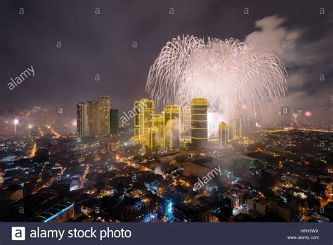 when is new year 2017 in philippines manila philippines jan 1 2017 fireworks on new years