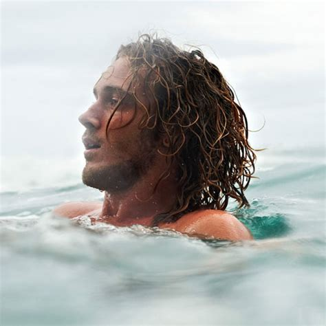 surfer hairstyles surfer haircuts for men