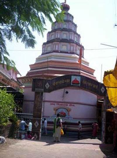 cchristmas boll temple ballaleshwar temple popular tourist attraction in maharashtra mumbai orbit