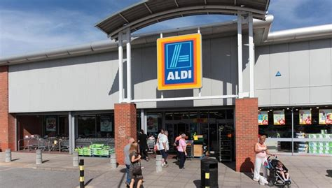 aldi pulls eggs from german stores insecticide