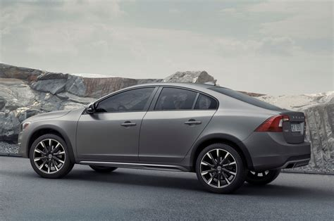volvo s 2016 volvo s60 cross country coming to detroit auto show wot