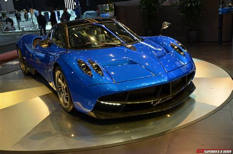 blue pagani pagani huayra blue carbon 76001 former red carbon