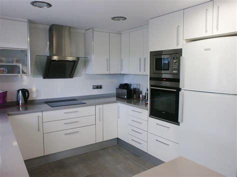 cocinas en blanco y gris la reforma de la cocina un proyecto que debe ser personal