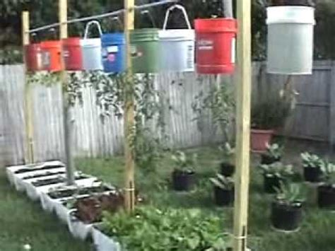 Upside Down Hanging Vegetable Garden    Containers