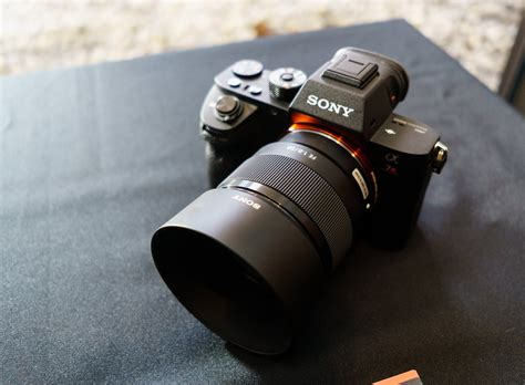 Sony 55mm F1 8 comparison review sony fe 50mm f1 4 za vs 55mm f1 8 za