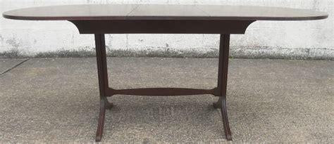 Small Oval Dining Table Oval Ended Mahogany Small Extending Pedestal Dining Table
