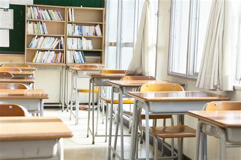 sui banchi di scuola a 80 anni sui banchi di scuola per l esame di terza media