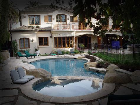 Backyard Pool And Spa Bloomington Il by Riviera Pools And Spas Your Premiere Pool Designer And