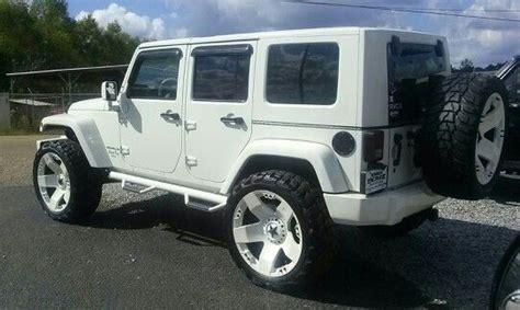 Jeep White Wheels White On White Jeep Sweet Bad Trucks