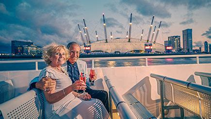 thames river cruise chagne and canapes river thames evening cruise with canapes and sparkling