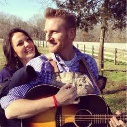 Joey and rory feek are staying positive as joey receives at home