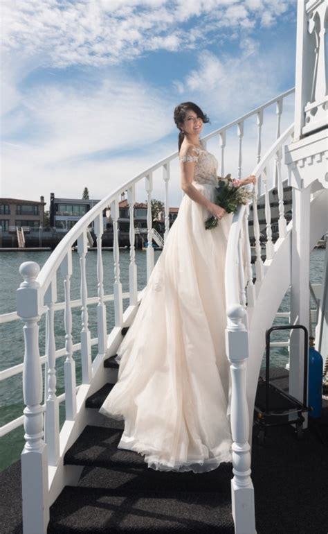 wedding dress alterations huntington ca la sposa hairnold pre owned wedding dress on sale 35