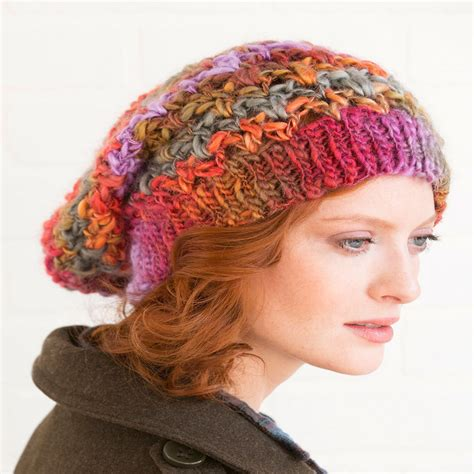 crochet hat pattern thin yarn upscale slouchy hat red heart