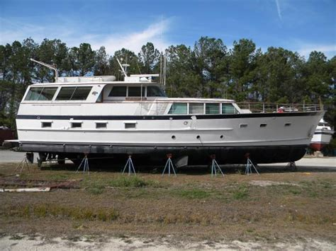 motor boats for sale bristol 1964 burger aluminum hardtop motoryacht bristol ri for