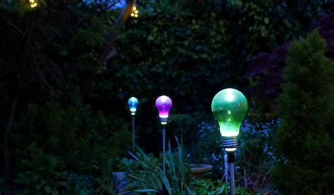 Best Outdoor Solar Lights Reviews Best Solar Outdoor Lights In 2018 Top 10 Reviews