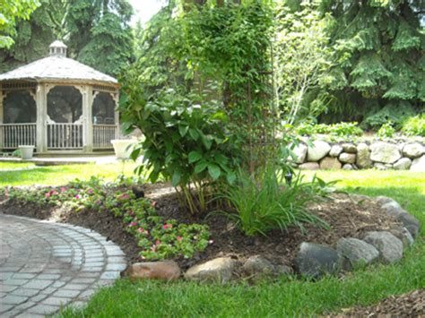 Landscape Design Mi Troy Michigan Landscaping Professionals S B Landscaping