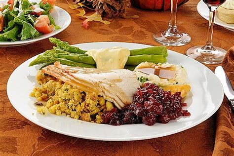 7 New Ideas For Thanksgiving Dinner by Seven Great Thanksgiving Buffets In The St Cloud Area