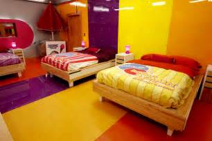 Candy Themed Bedroom Roomations Reality Tv Homes Real Style Or Really Tacky
