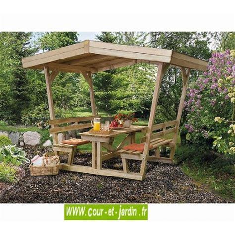 pergola avec banc de jardin beautiful table de jardin en bois avec toit gallery