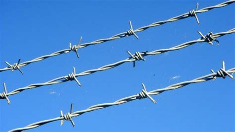 barbed wire dreams meaning interpretation and meaning