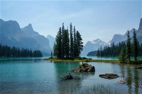 25 most beautiful places to visit in canada