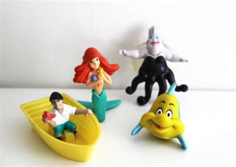 Mainan Figure Anak Fast Food Toys 2 awesome happy meal toys from the 80s 90s thechive