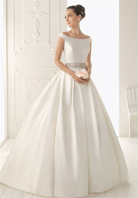 Silk Wedding Dress by Best 25 Silk Wedding Gowns Ideas On Silk
